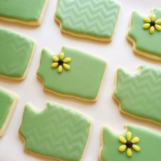 Wedding Washington State Cookies / © Dallas Bakes! 2015