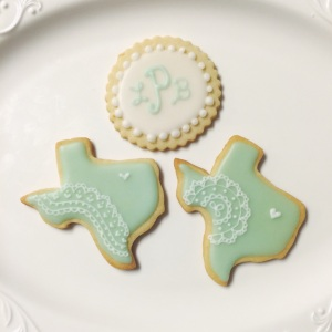 Lace Texas and Monogram Cookies / © Dallas Bakes! 2013