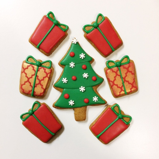 Christmas Tree and Present Cookies / © Dallas Bakes! 2015