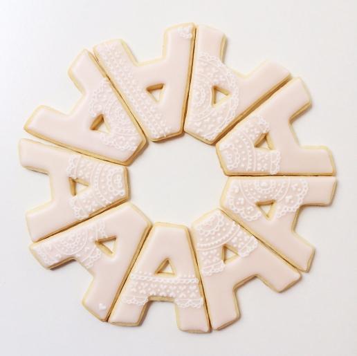 Wedding Lace Cookies / © Dallas Bakes! 2015